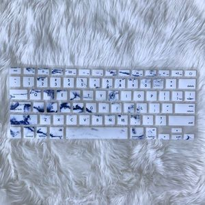 new concept 7b639 dd548 NWOT Blue Marble Apple Laptop Keyboard Cover